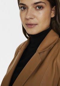 Karen by Simonsen - Leather jacket - tobacco brown - 4