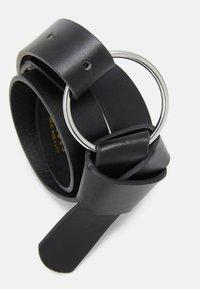 Pieces - PCKAROLINE WAIST BELT - Waist belt - black/silver - 2