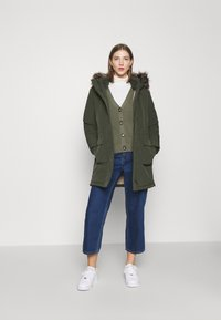 ONLY - ONLNEWSALLY LONG COAT - Winter coat - forest night - 1