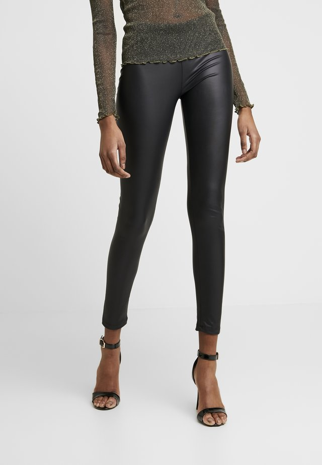Wet Look Leggings - Leggingsit - black