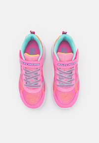 Skechers Performance - GO RUN FAST NEON JAMS UNISEX - Neutral running shoes - pink/multicolor - 3