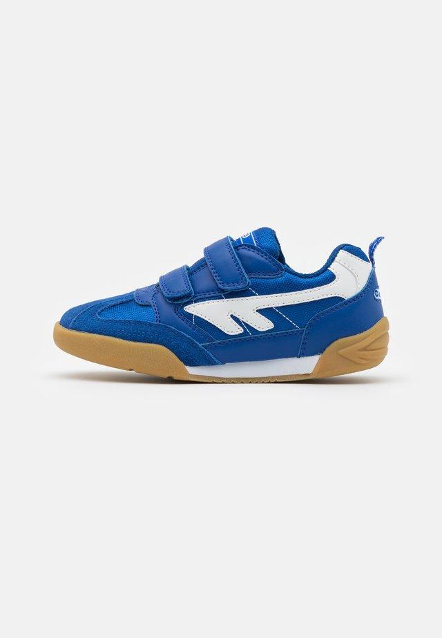 SQUASH JR UNISEX - Sportschoenen - royal blue/white