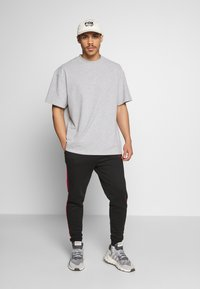 Weekday - GREAT  - Basic T-shirt - grey melange - 1