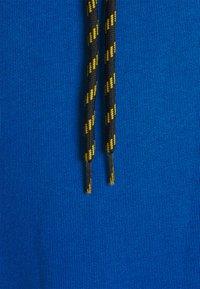 Caterpillar - HOODIE - Luvtröja - royal blue - 2
