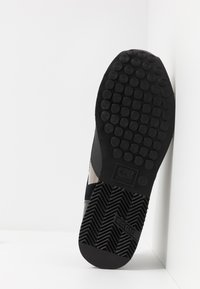Cruyff - LUSSO - Sneakers - black - 4
