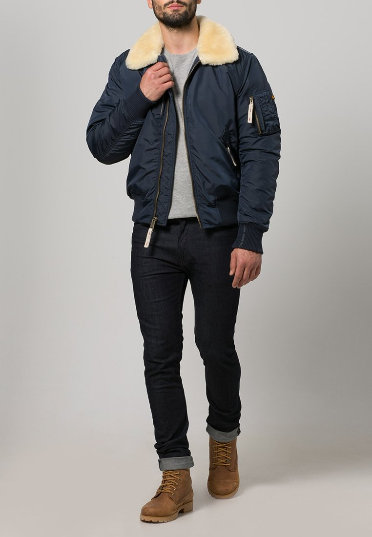 Alpha Industries - INJECTOR III - Bomberjacks - rep. blue