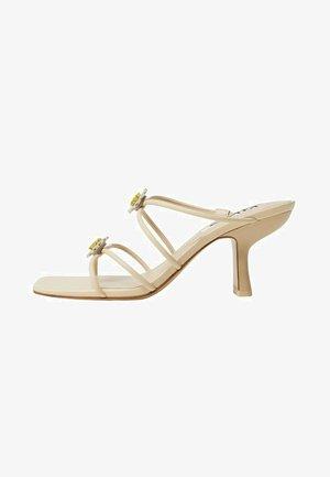 DAISY - Slip-ins - open beige