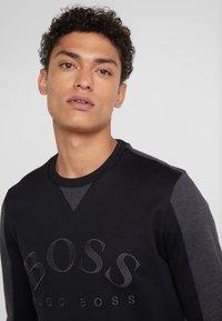 BOSS - SALBO 10217264 01 - Sweatshirt - black - 4