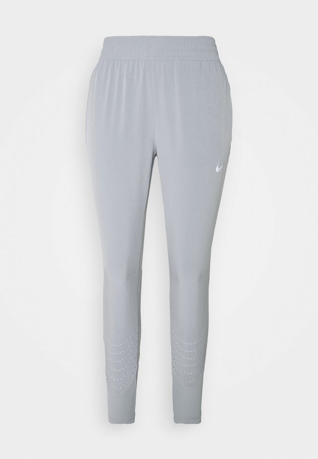 SWIFT PANT - Träningsbyxor - particle grey/silver