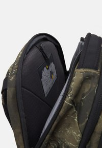 The North Face - BOREALIS UNISEX - Backpack - olive/black - 3