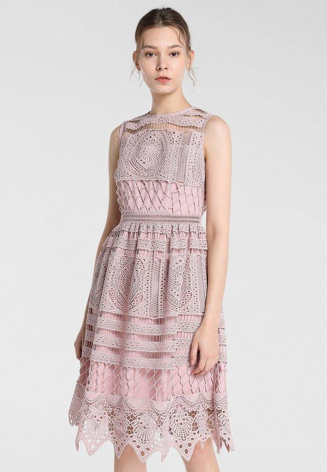 Cocktail dress / Party dress - mauve