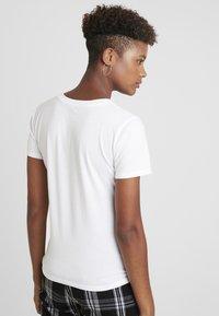 Hollister Co. - MEET GREET LOGO TEE - Print T-shirt - white - 2