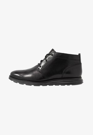 ORIGINAL GRAND CHUKKA - Lace-up ankle boots - black