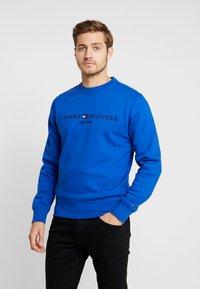 Tommy Hilfiger - LOGO  - Sweatshirt - blue - 0