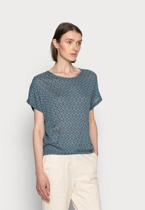 STALA AMBER BLOUSE - Print T-shirt - graphic blue mirage