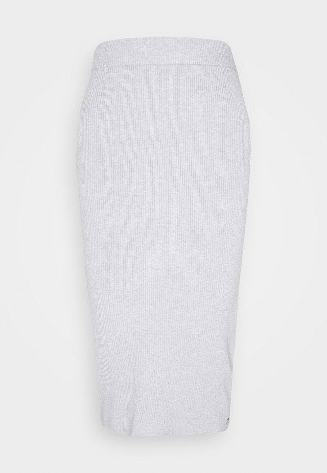 ON MY CLOUD - Pouzdrová sukně - heritage heather