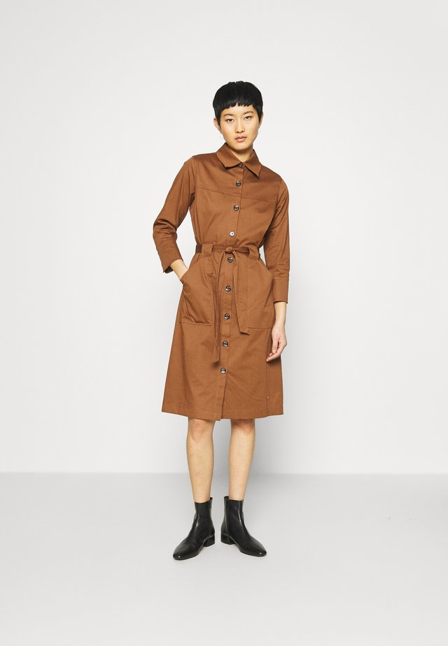 SELBY COLE DRESS - Day dress - deer brown