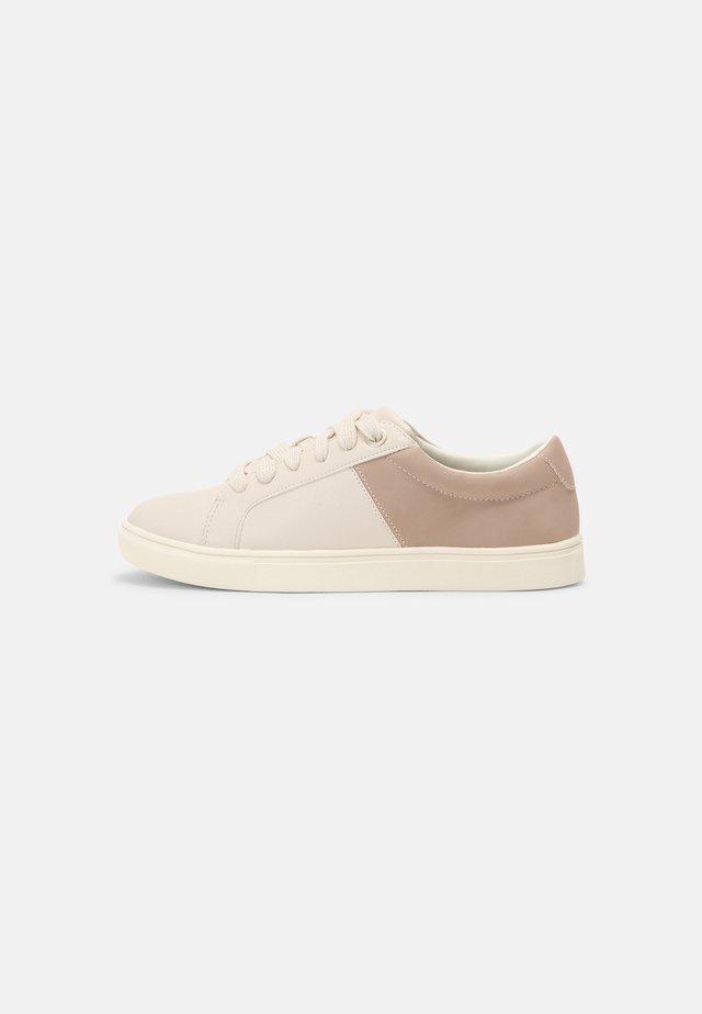 Zapatillas - blush