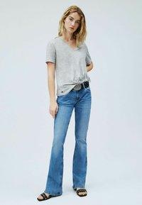 Pepe Jeans - DAPHNE - Basic T-shirt - gris marl - 1