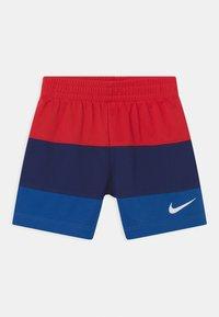 Nike Sportswear - BLOCKED SET - T-shirt con stampa - blue/red - 2