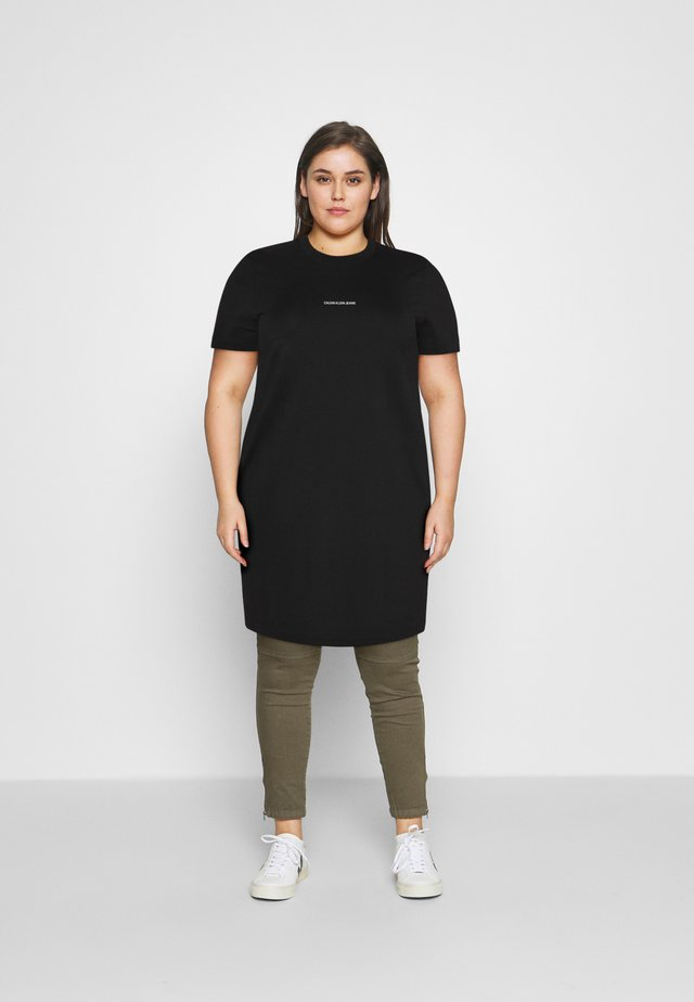 MICRO BRANDING DRESS - Žerzejové šaty - black