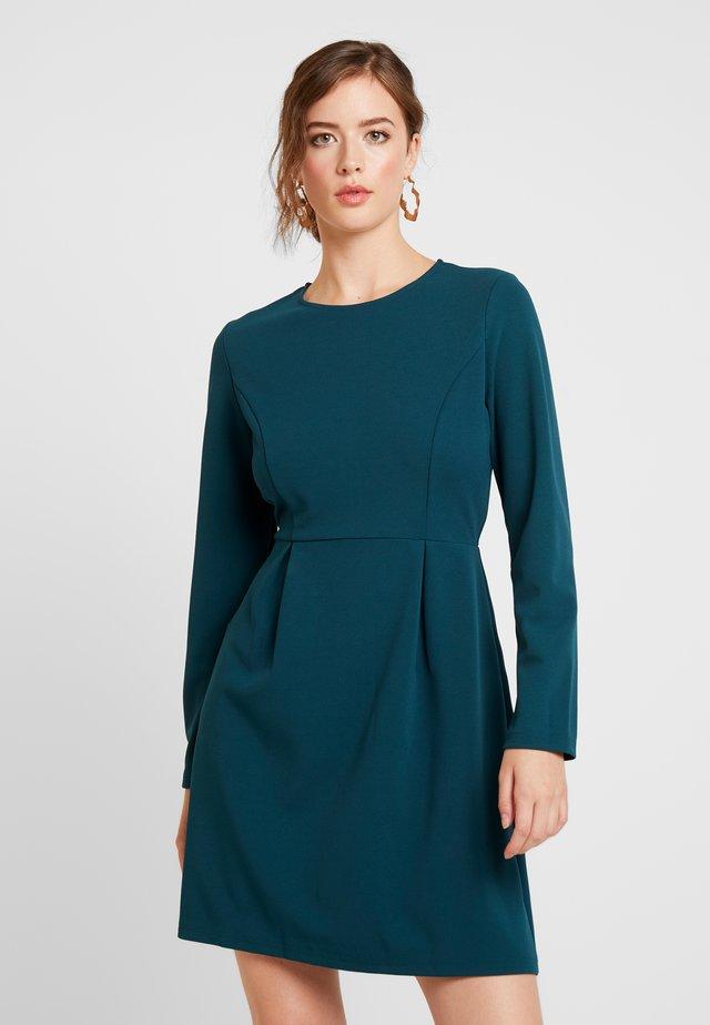 LADIES DRESS - Sukienka z dżerseju - fir green
