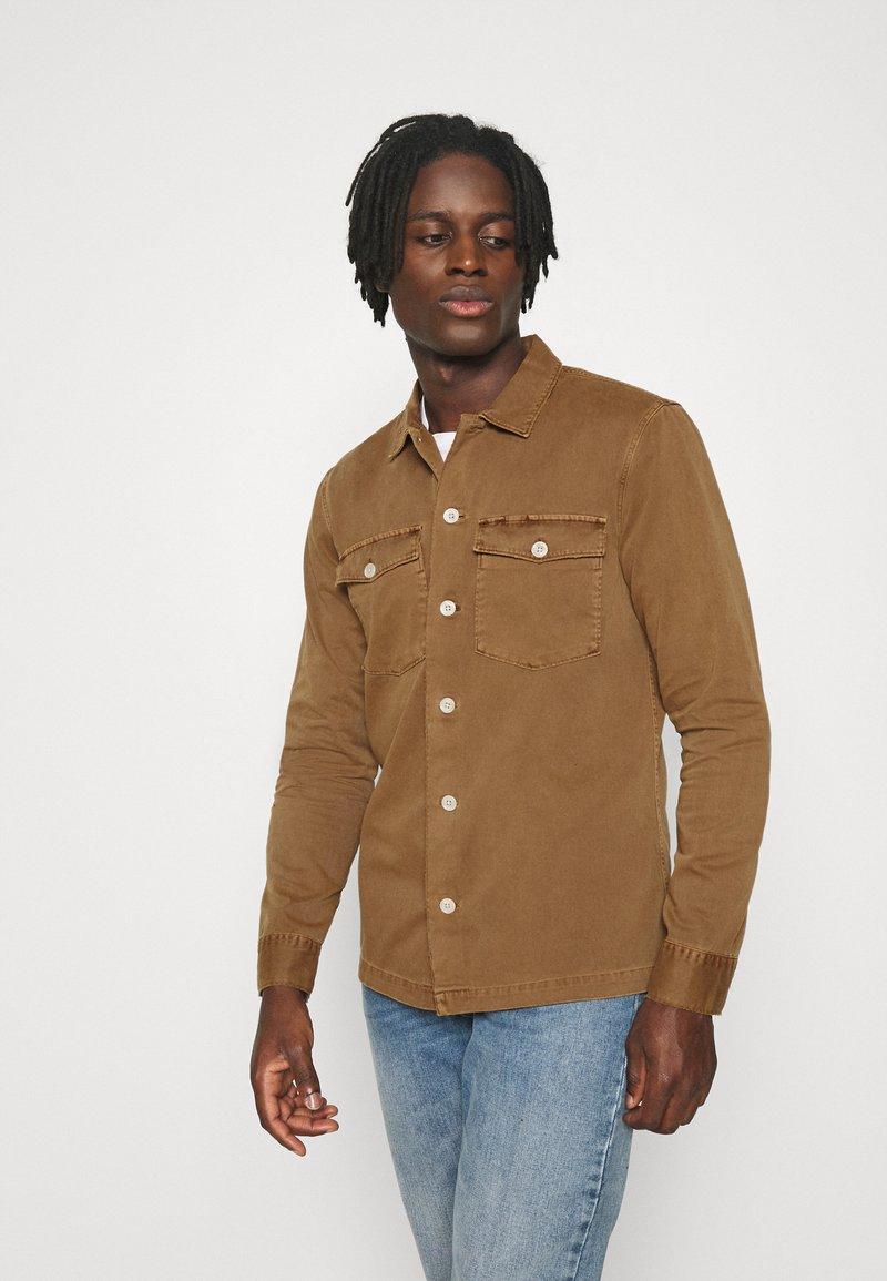 AllSaints - SPOTTER  - Camisa - clove brown