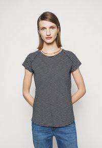 CLOSED - Print T-shirt - dark night - 0