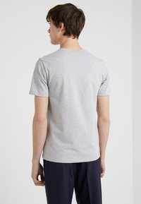Filippa K - TEE - Basic T-shirt - light grey - 2