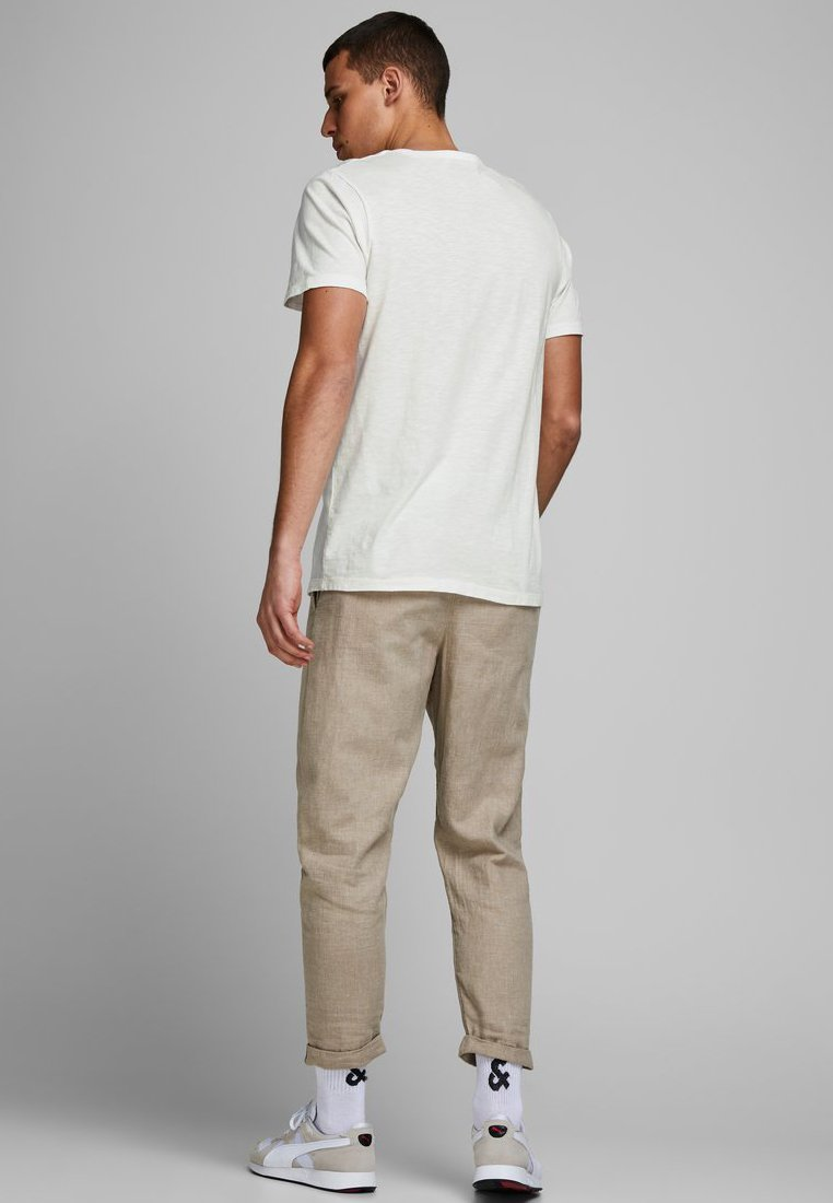Jack & Jones Basic T-shirt - cloud dancer 7l1W4