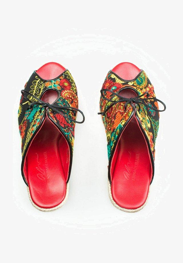Sandalias - colorfull