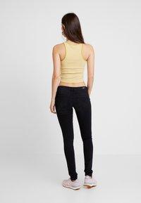 ONLY - ONLFCORAL - Jeans Skinny Fit - black denim - 2