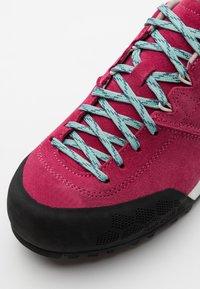 Scarpa - KALIPÈ - Hiking shoes - red rose/jade - 5