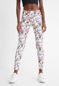 Desigual - EDEN LONG - Pantalon en cuir - white - 0