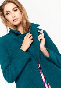 LolaLiza - Short coat - blue - 3