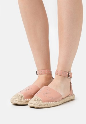 SHELBY - Espadrilles - coral