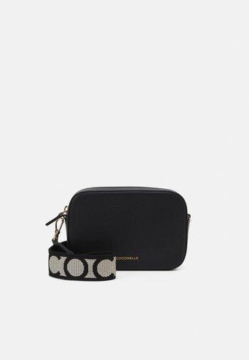 TEBE CROSSBODY BAG - Across body bag - noir