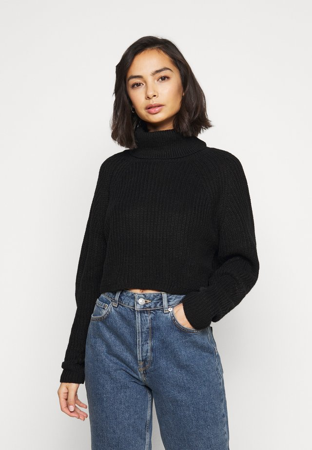 ROLL NECK BATWING CROP JUMPER - Maglione - black