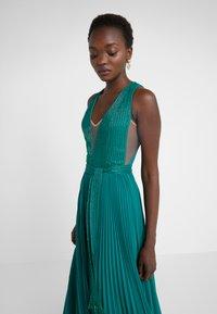 Elisabetta Franchi - Occasion wear - smeraldo - 6