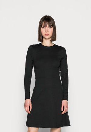 RECYCLED MILANO DRESS - Jerseykjole - black