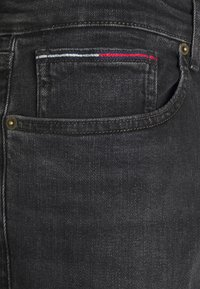 Tommy Jeans - AUSTIN UNISEX - Jeans Tapered Fit - max black - 5