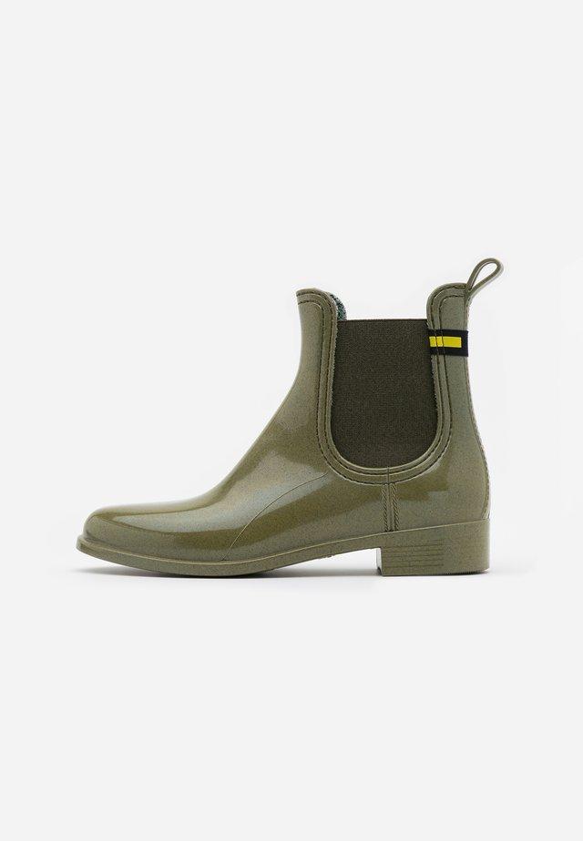 BRISA - Gummistøvler - green