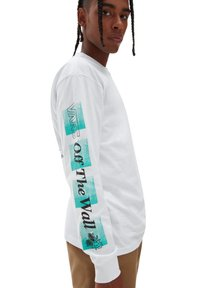 Vans - MN FLY NET LS - Long sleeved top - white - 3