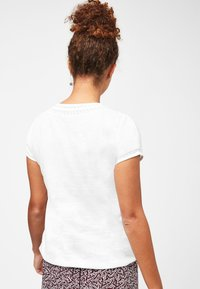 Next - T-shirt imprimé - white - 2