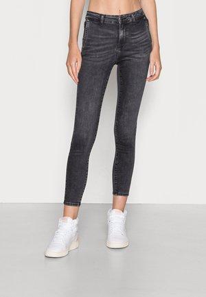 ONLBLUSH MID WAIST  - Skinny džíny - black denim