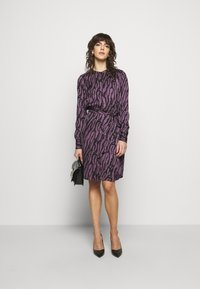 Bruuns Bazaar - ZEBRA TREE AYAN DRESS - Day dress - purple - 1