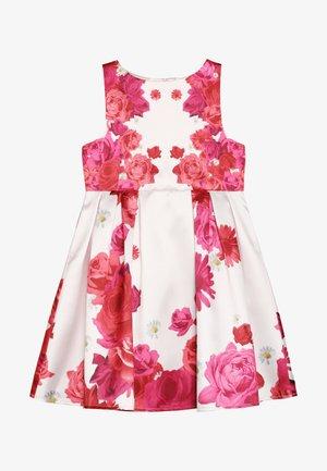 LUNA DRESS - Koktejlové šaty/ šaty na párty - pink
