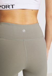 Cotton On Body - ACTIVE CORE - Leggings - core steely shadow - 4