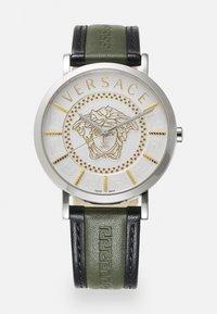 Versace Watches - ESSENTIAL UNISEX - Reloj - green - 0