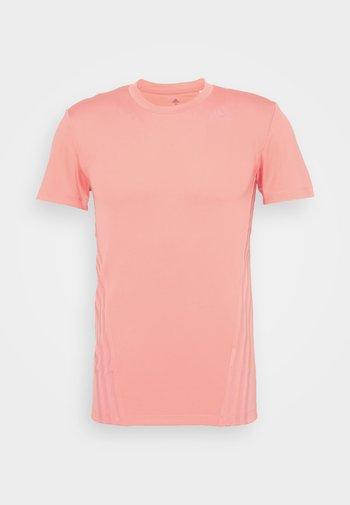 AEROREADY TRAINING SLIM SHORT SLEEVE TEE - Print T-shirt - coralle